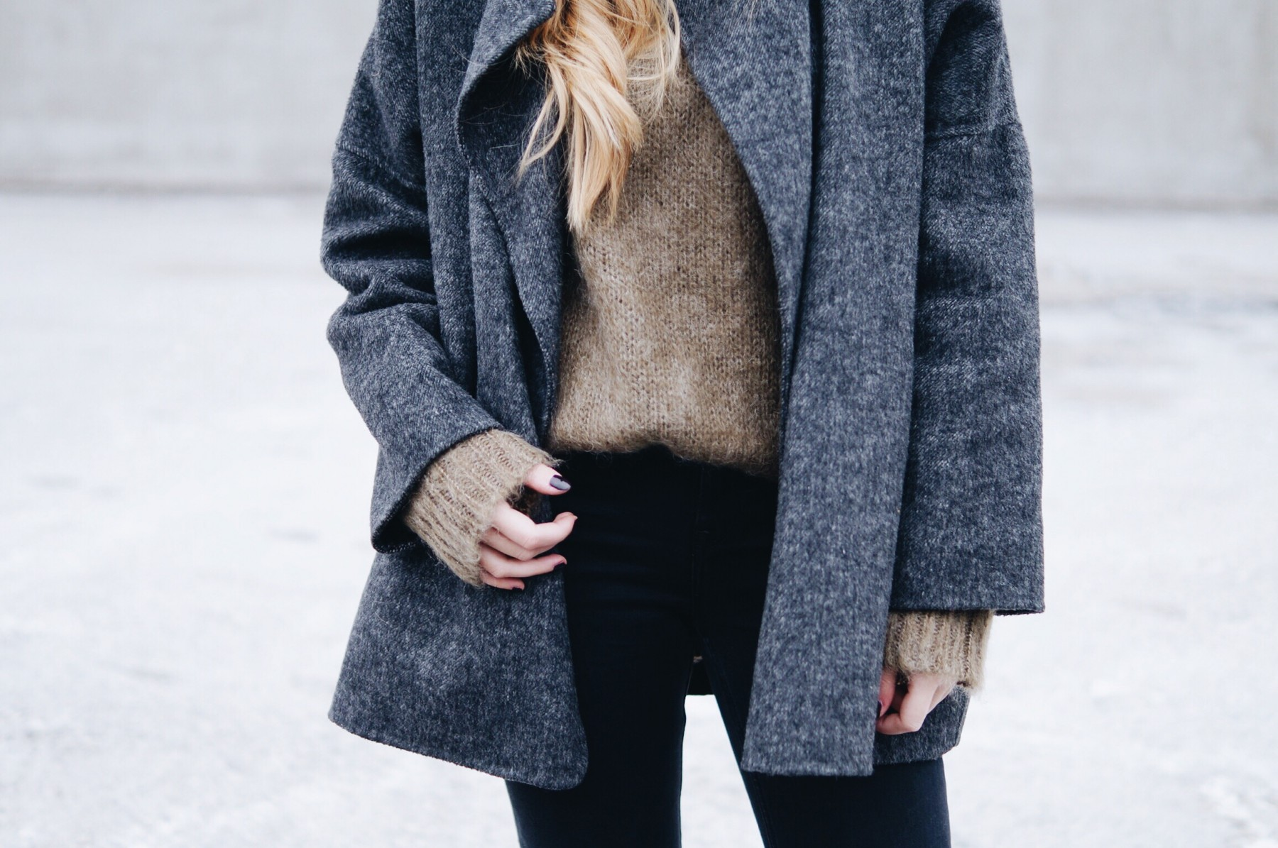 mohair_sweater_wool_coat_winter_outfit9