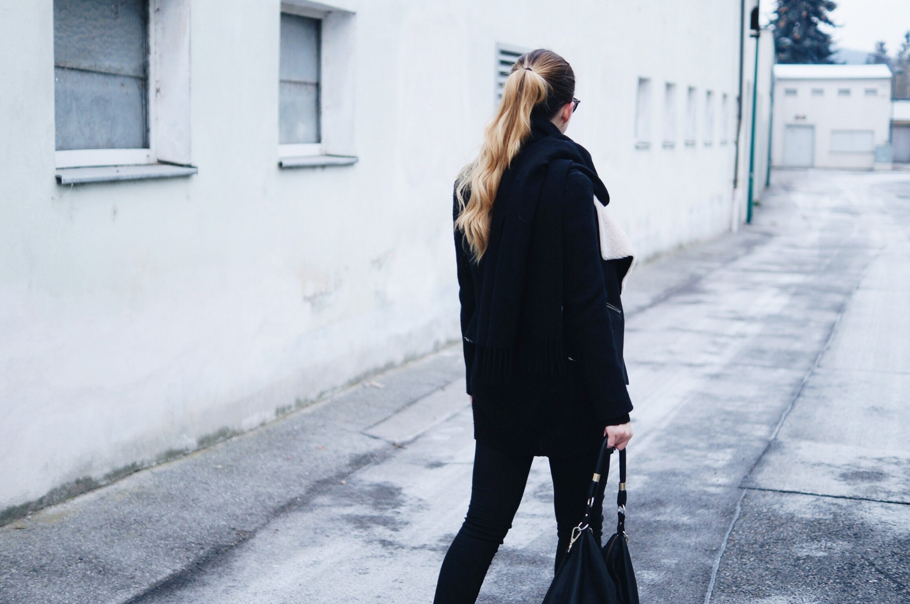 acne_studios_scarf_lambskin_jacket_winter_outfit1