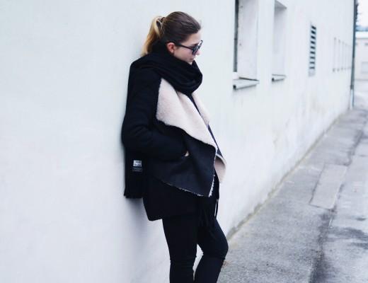 acne_studios_scarf_lambskin_jacket_winter_outfit3