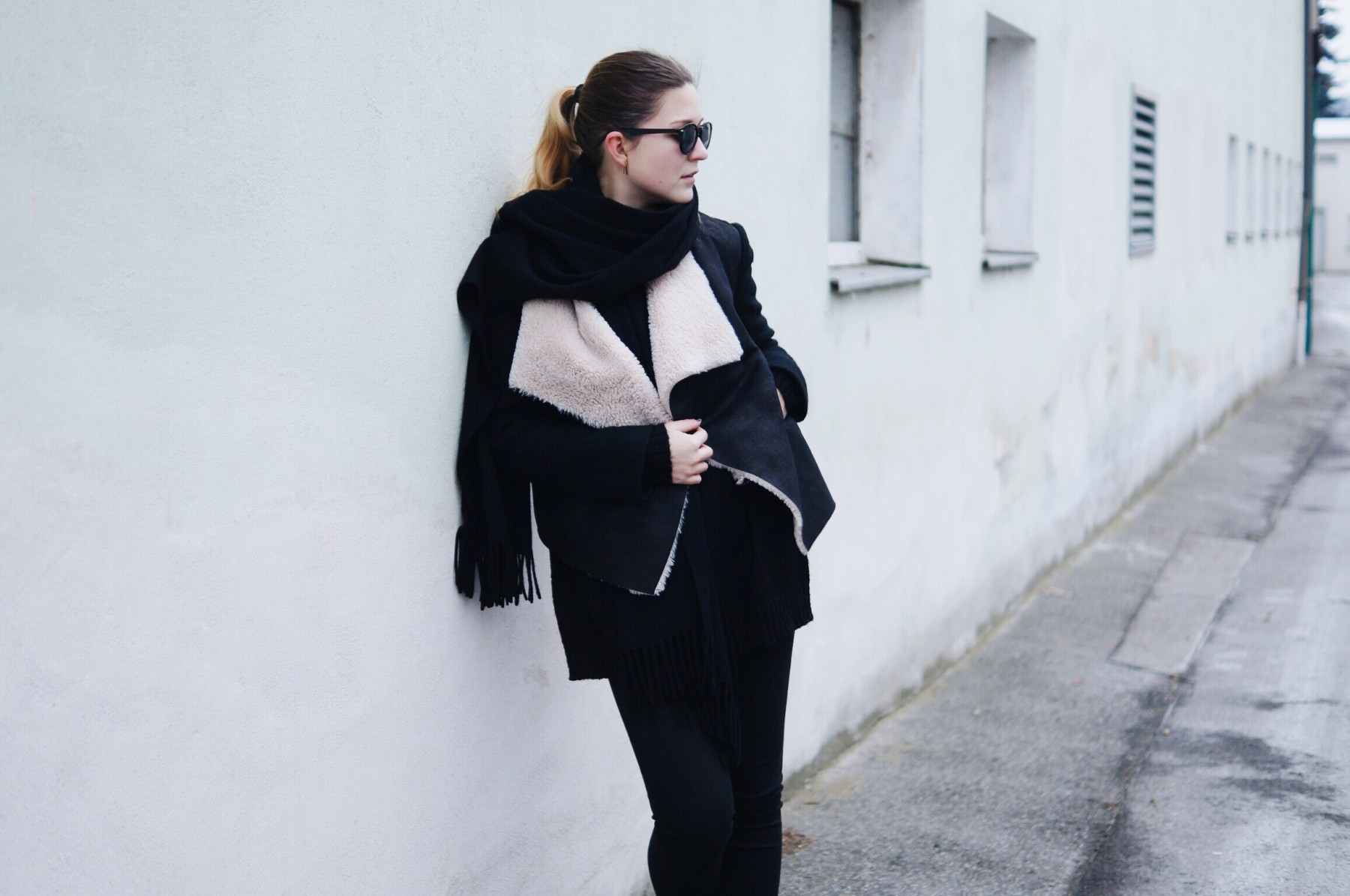 acne_studios_scarf_lambskin_jacket_winter_outfit5
