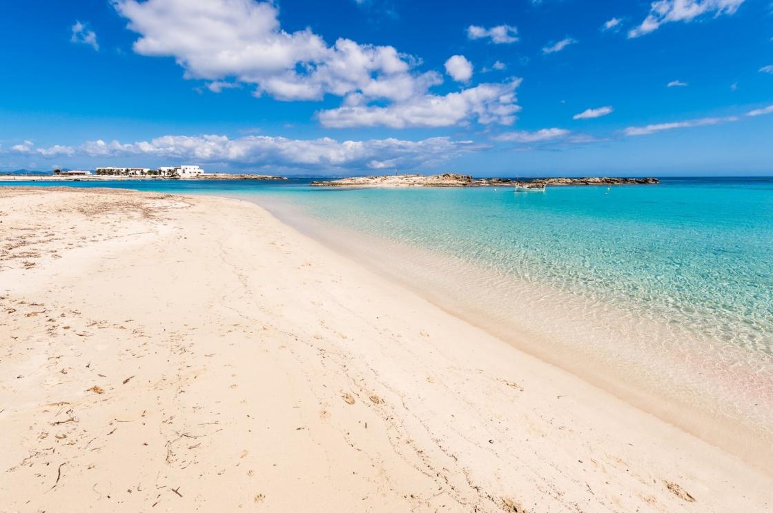 Travel_Bucket_List_Formentera_Spain